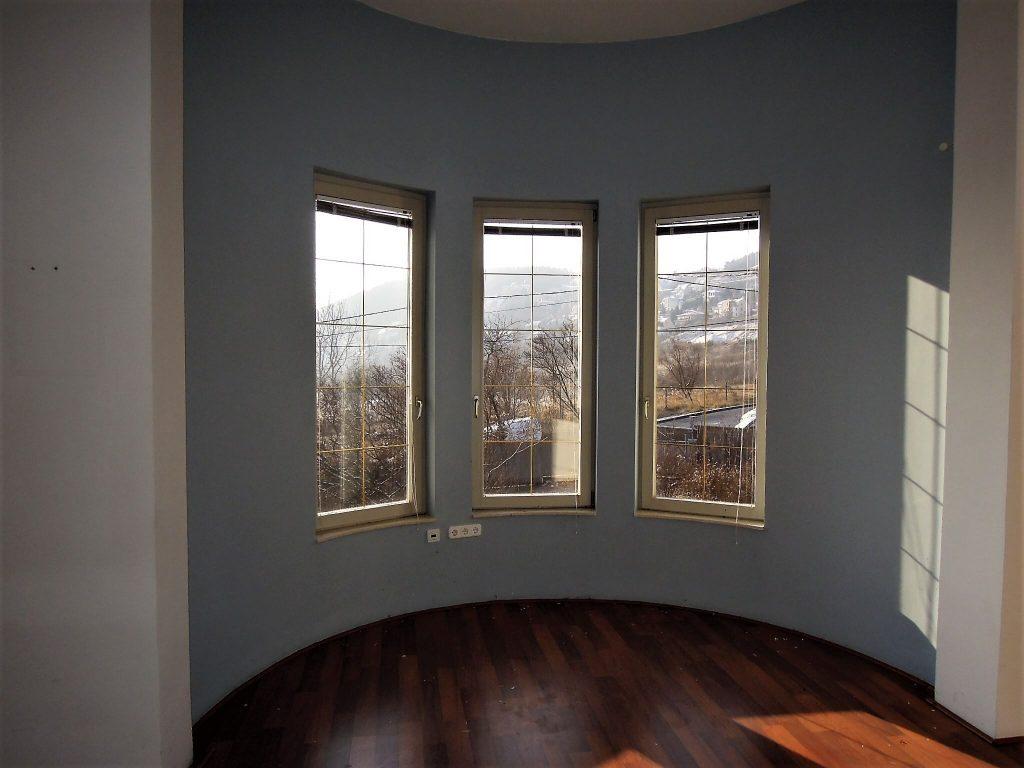 villa for sale in Budapest